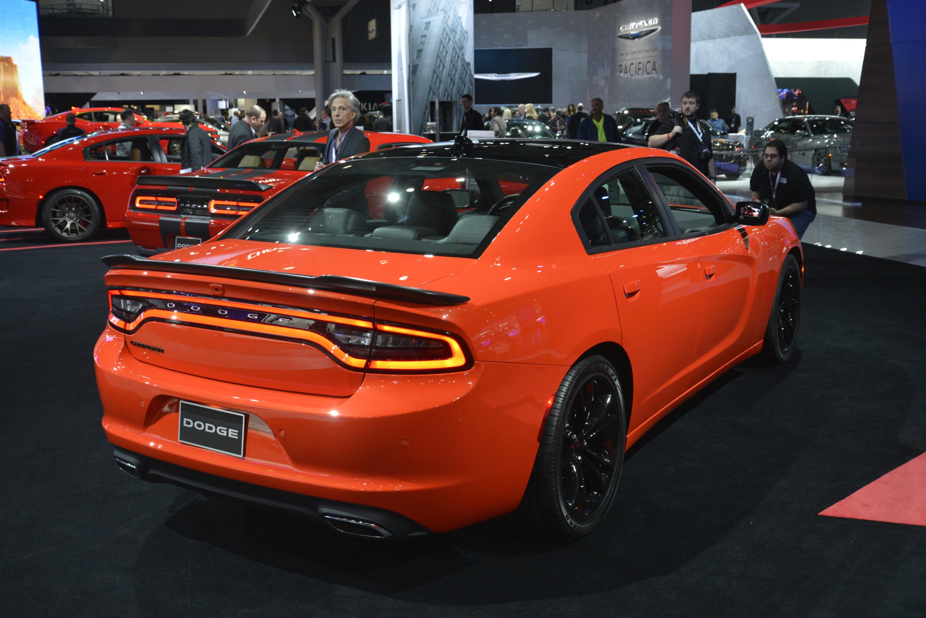 Go Mango Paint Is Now on Regular 2016 Dodge Charger and