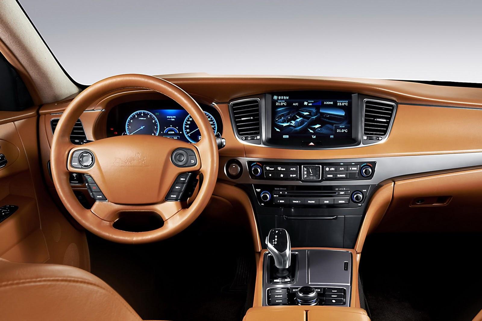 Hyundai Gets Classy with Equus Stretch Limo  autoevolution