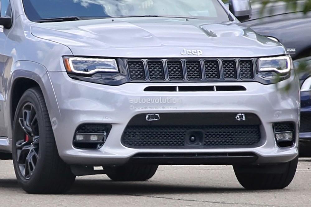 medium resolution of  hellcat v8 powered 2018 jeep grand cherokee trackhawk