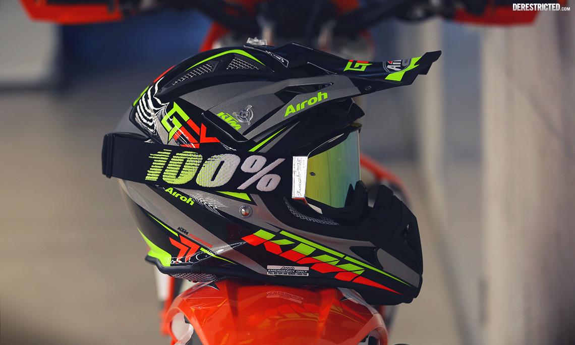 KiskaDesigned 2015 KTM Airoh Aviator 21 Helmets
