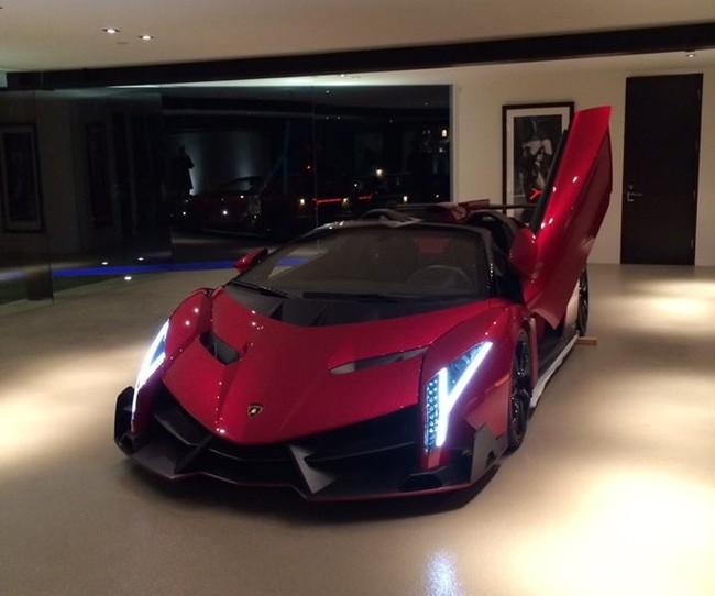 Lamborghini Veneno Up For Sale With 112 Miles Its A