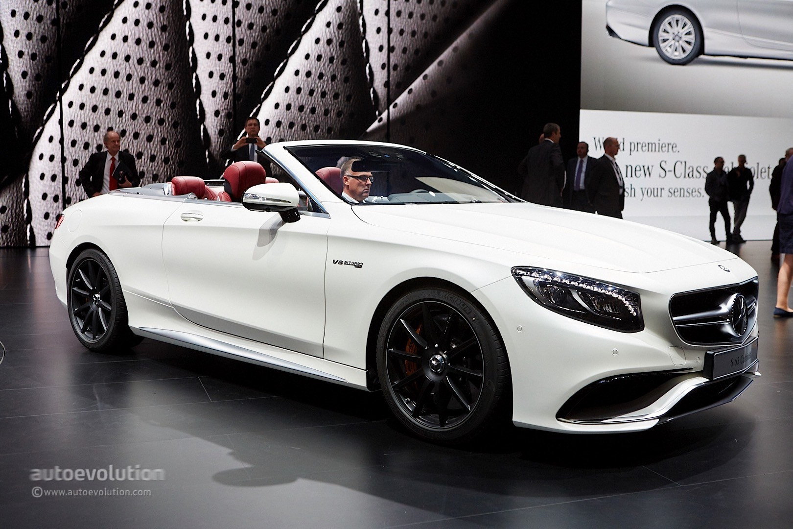 hight resolution of  mercedes benz s class cabriolet and amg s63 cabriolet in frankfurt