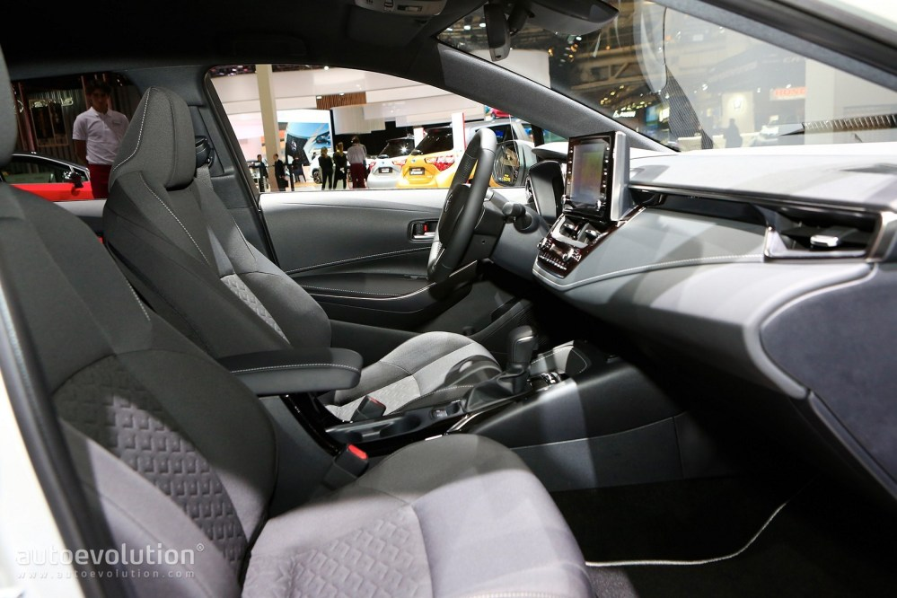 medium resolution of  toyota corolla hybrid wagon has giant trunk and even bigger tablet in paris