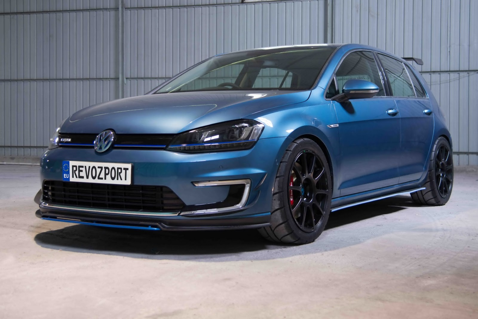 hight resolution of  revozport built a volkswagen e golf race car and it s awesome