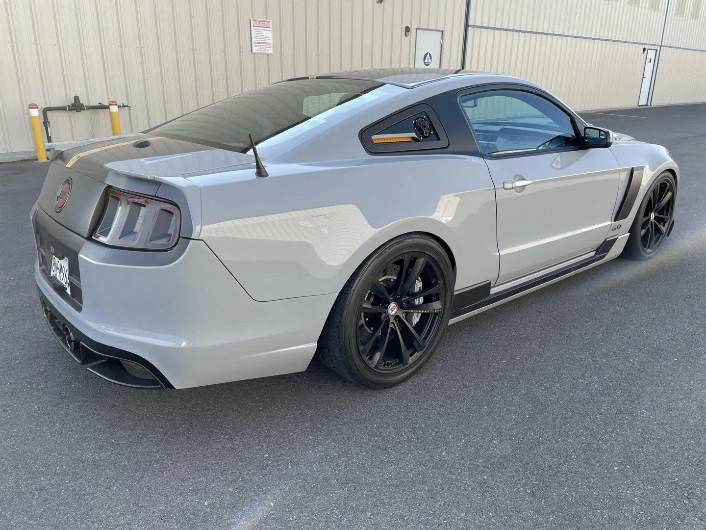 ringbrothers 2013 mustang switchback