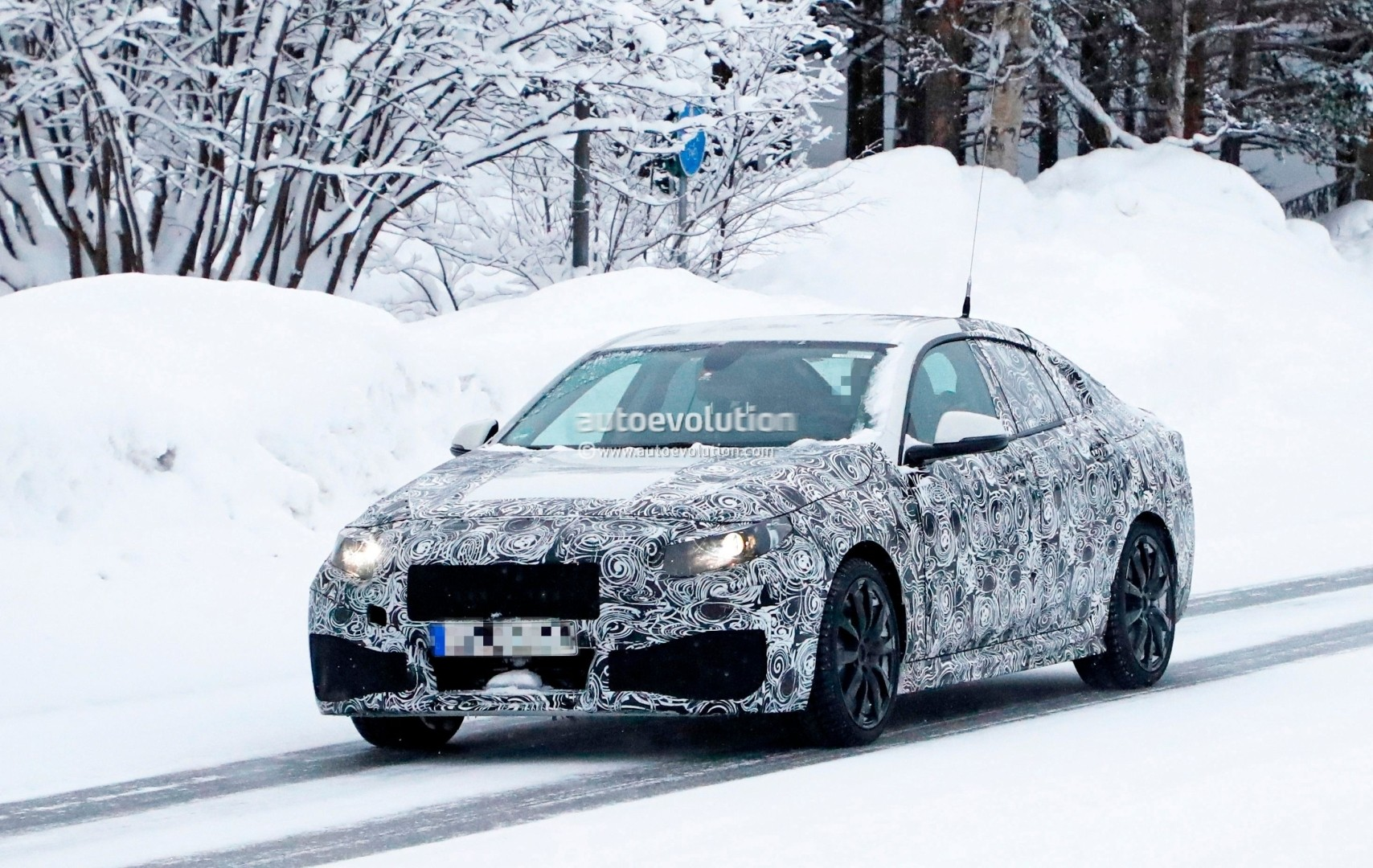 Mercedes Benz Testing