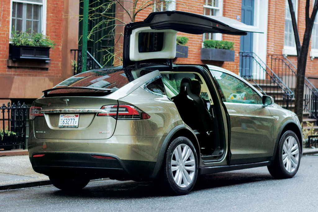 Tesla Model X Driver Uses Autopilot To Drive To Hospital In Medical Emergency  autoevolution