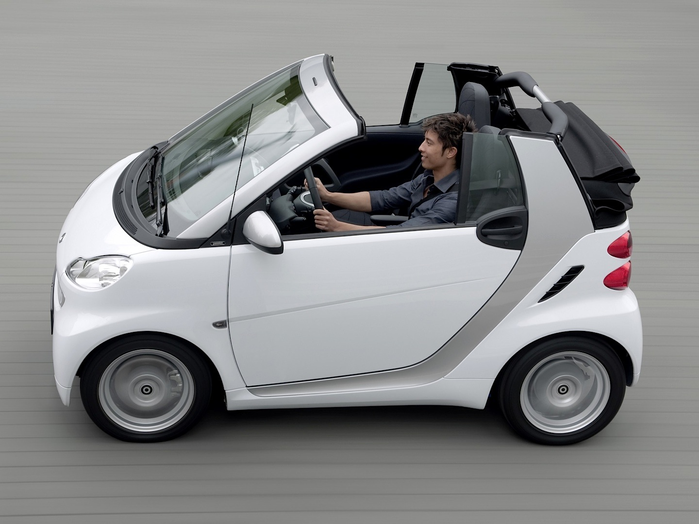 hight resolution of  smart fortwo cabriolet