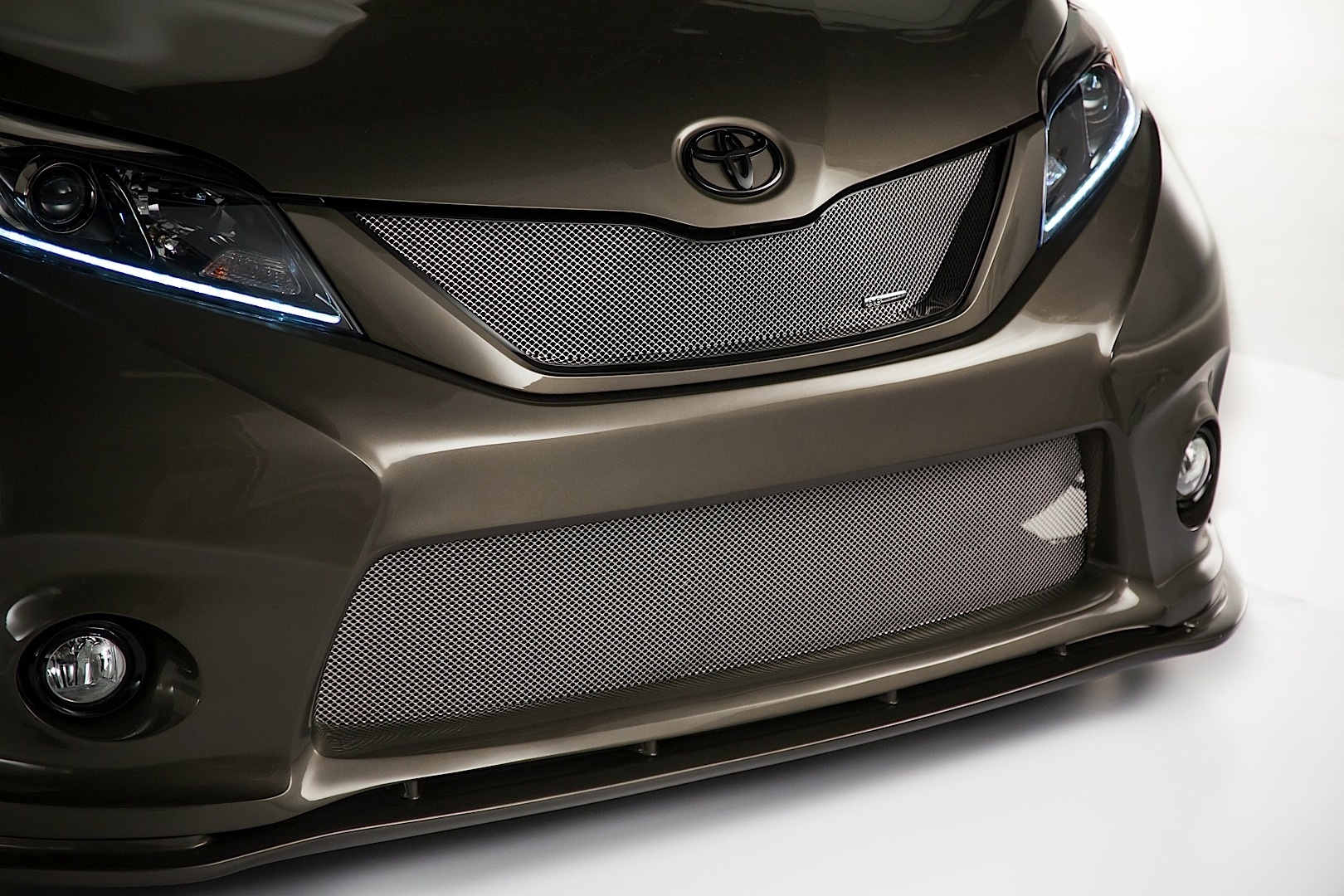 brand new camry hybrid agya trd merah toyota bringing widebody sienna, yaris, baja trucks and ft ...