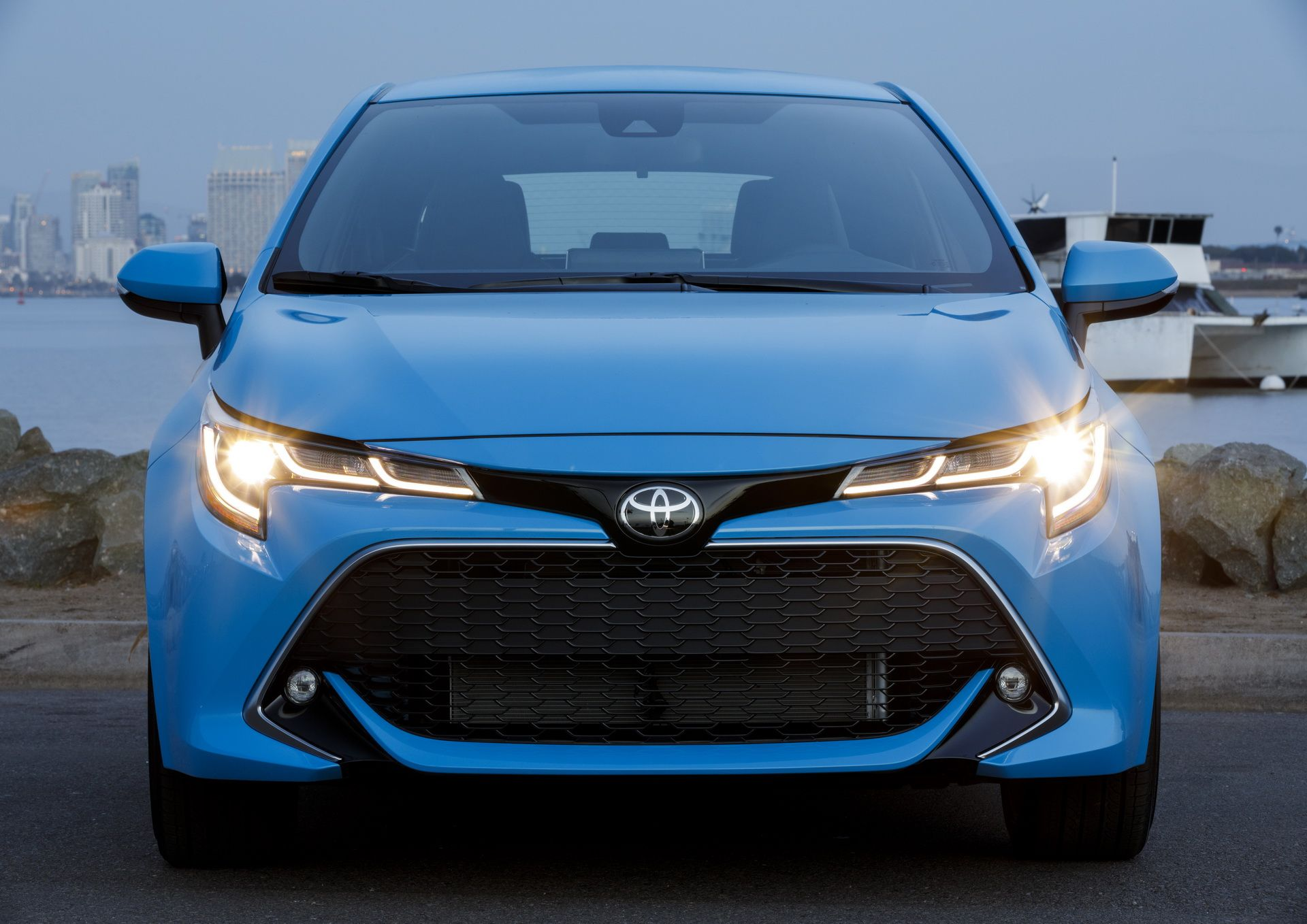 Does the tread look worn? Toyota Expected To Debut New Corolla Sedan For 2020 Model