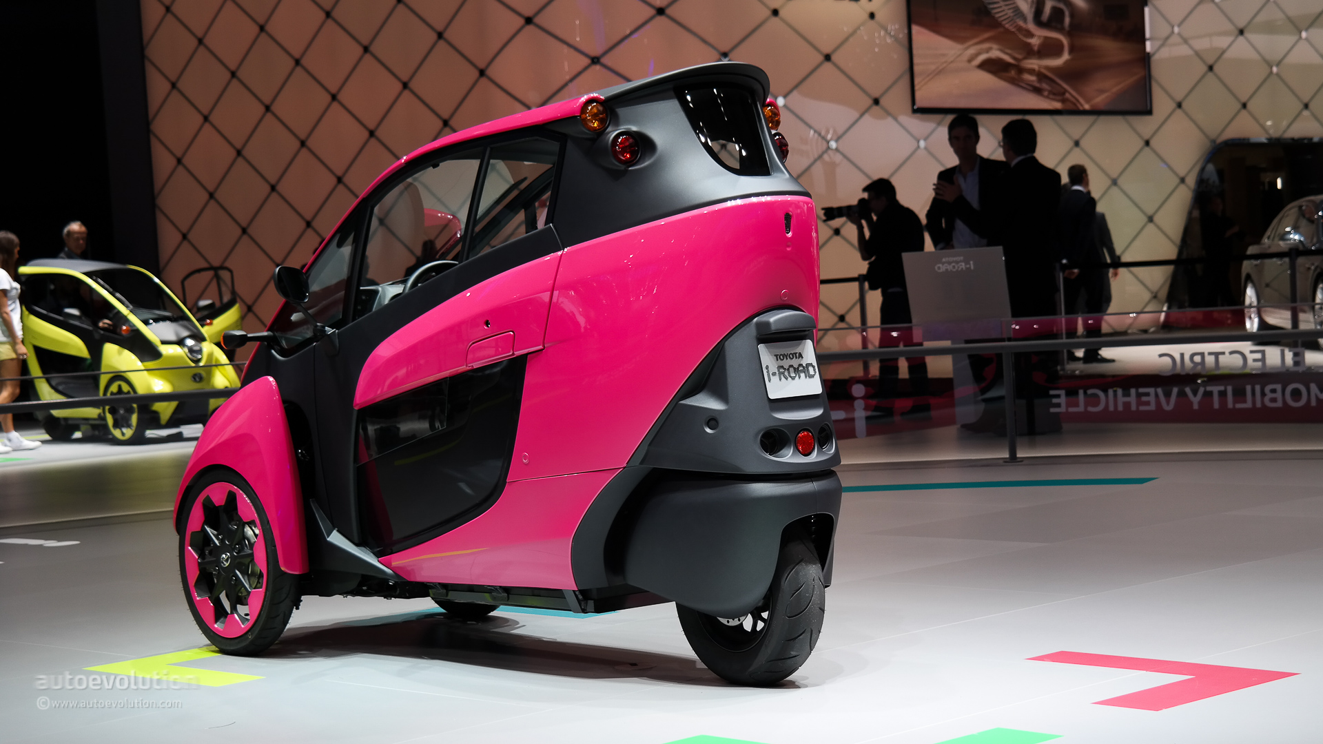 all new camry brand hybrid toyota i-road ha:mo service officially debuts in grenoble ...