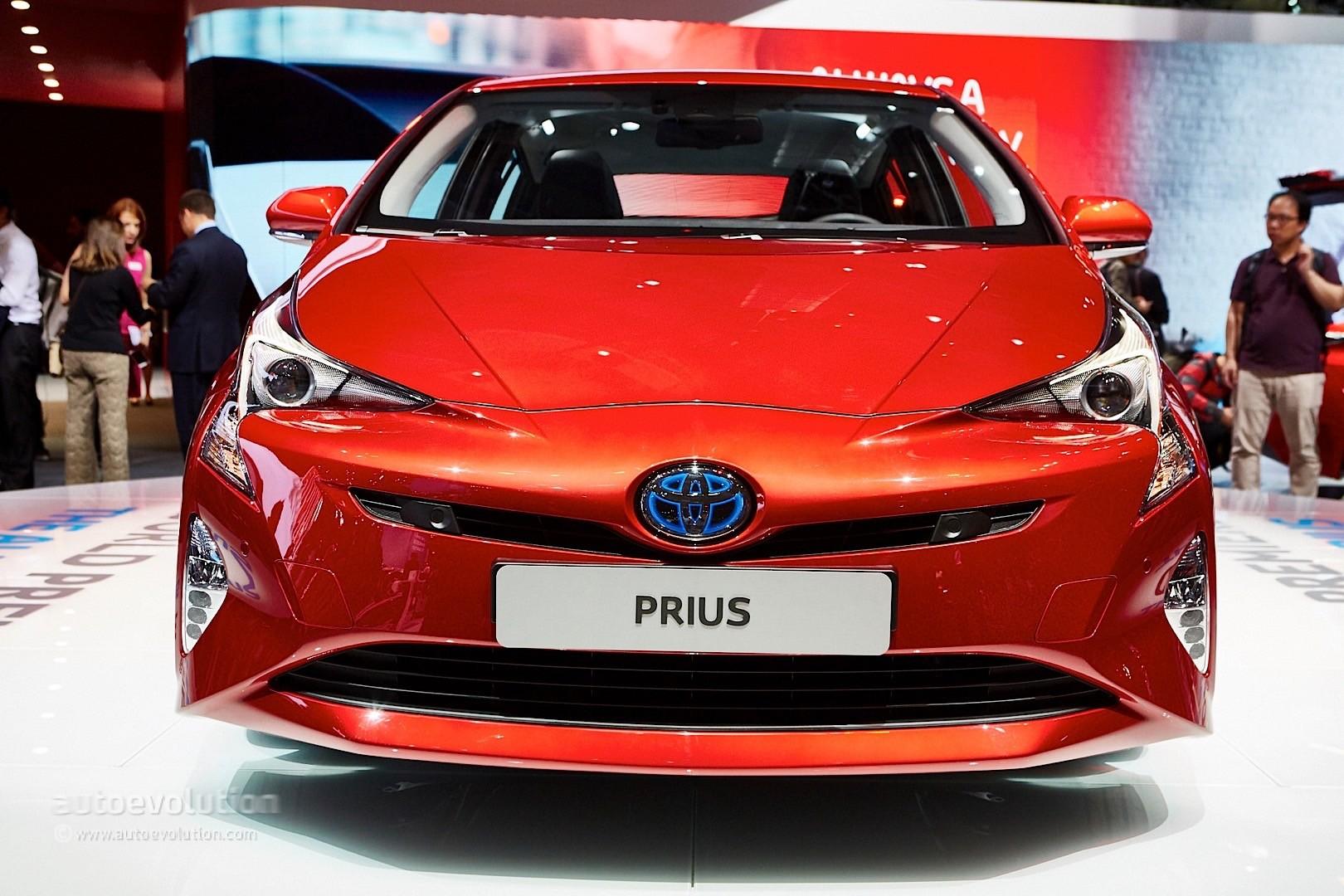all new camry logo kijang innova 2018 semisena toyota prius recalled over parking brake problem. yes, the ...