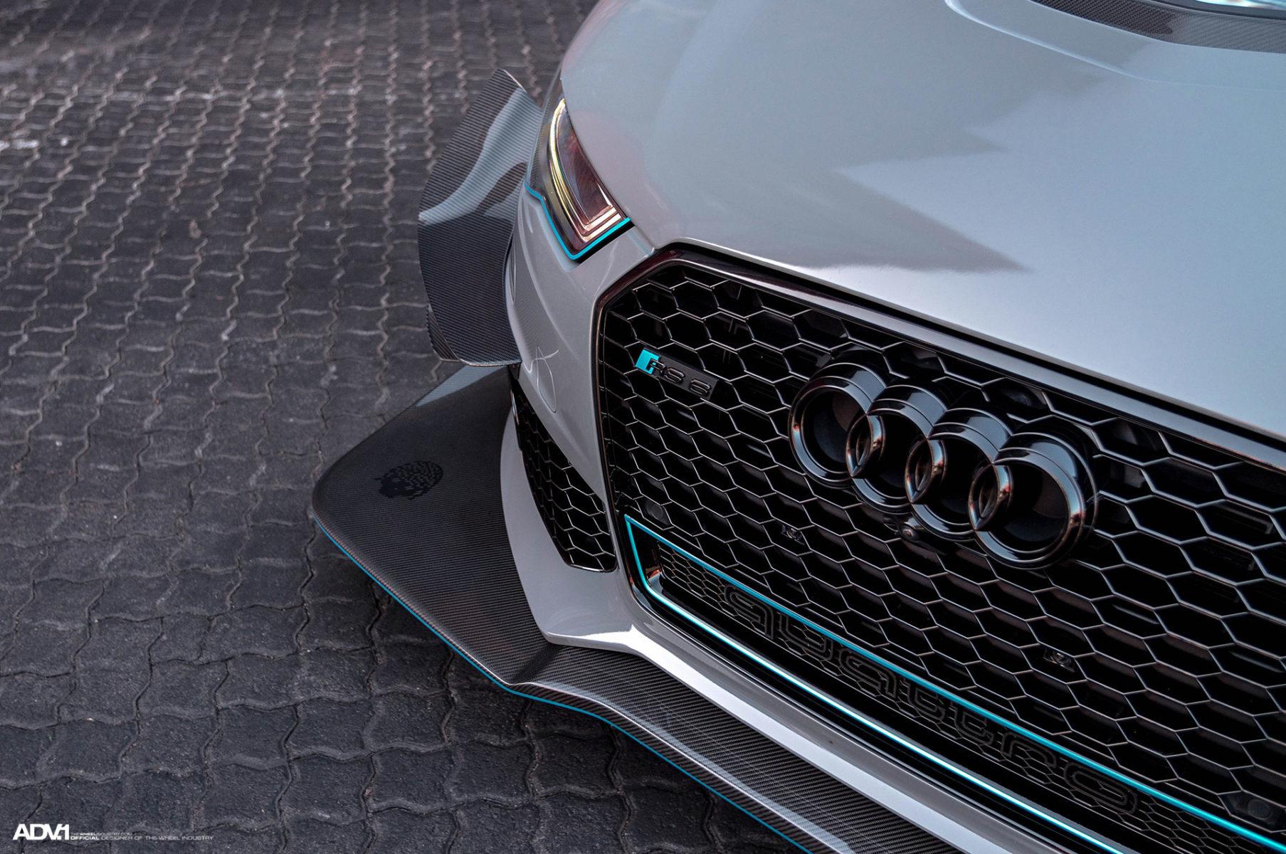 Drag Race: 700 HP MTM Audi RS6 Avant Vs Stock Ferrari FF