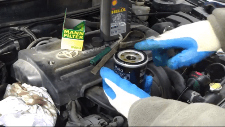 2011 Toyota Tacoma Fuse Box Diagram How To Replace Oil And Filter On 2000 2007 Toyota Corolla