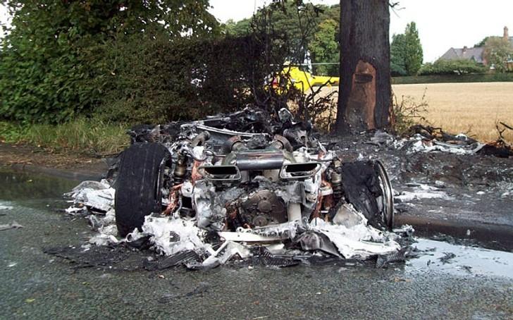 McLaren Salesman Saves Customer from Burning 650S after Test Drive Crash Gets Medal  autoevolution