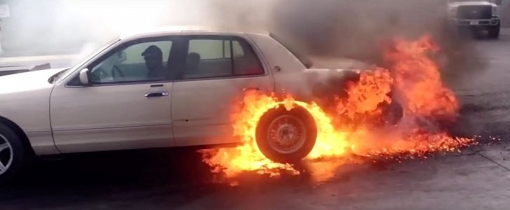 Car Burn Out Wallpaper Mercury Grand Marquis Catches Fire During Burnout Contest