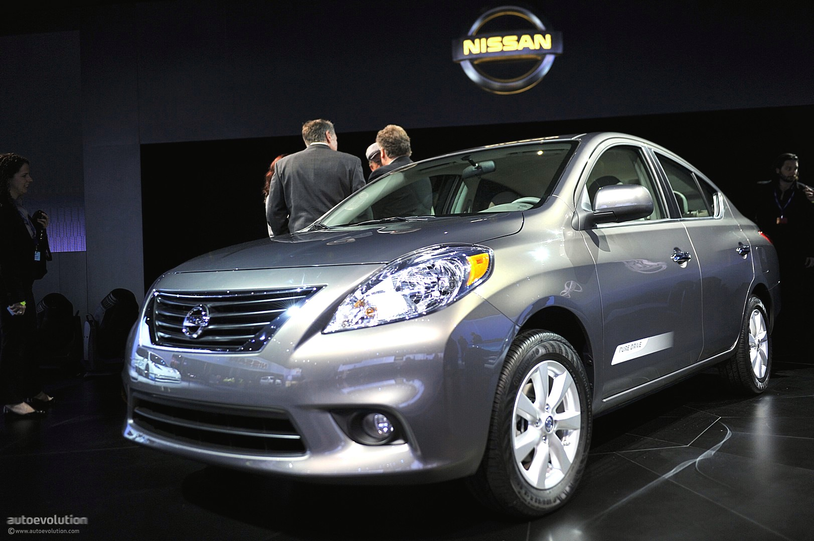 Nissan Announces 2012 Versa Us Pricing  Autoevolution