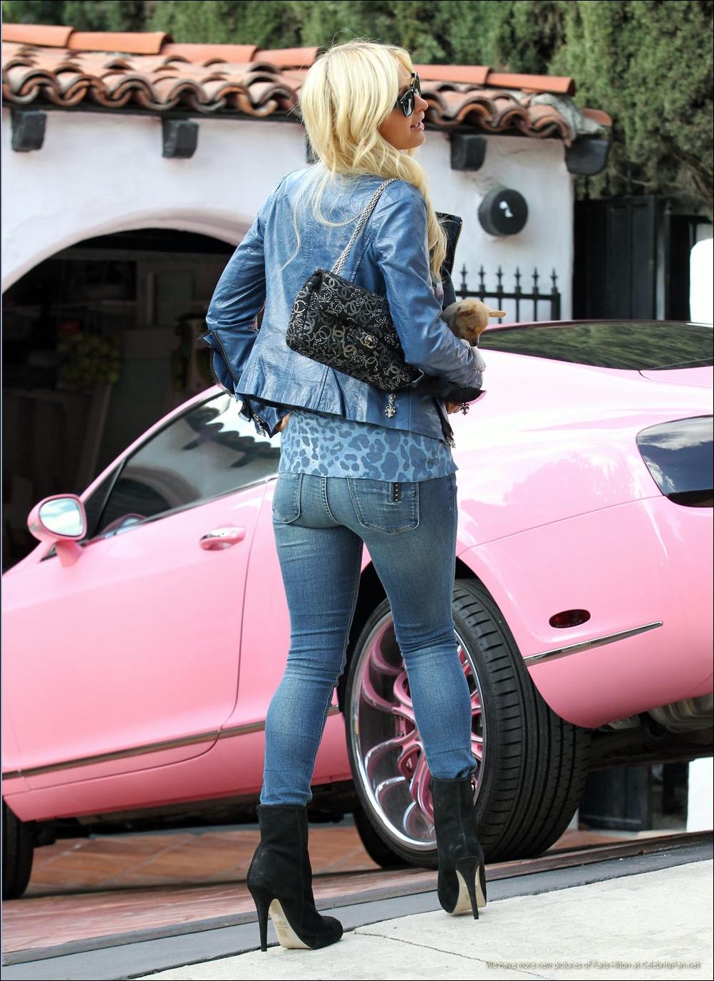 Paris Hilton Pink Bentley Again Autoevolution