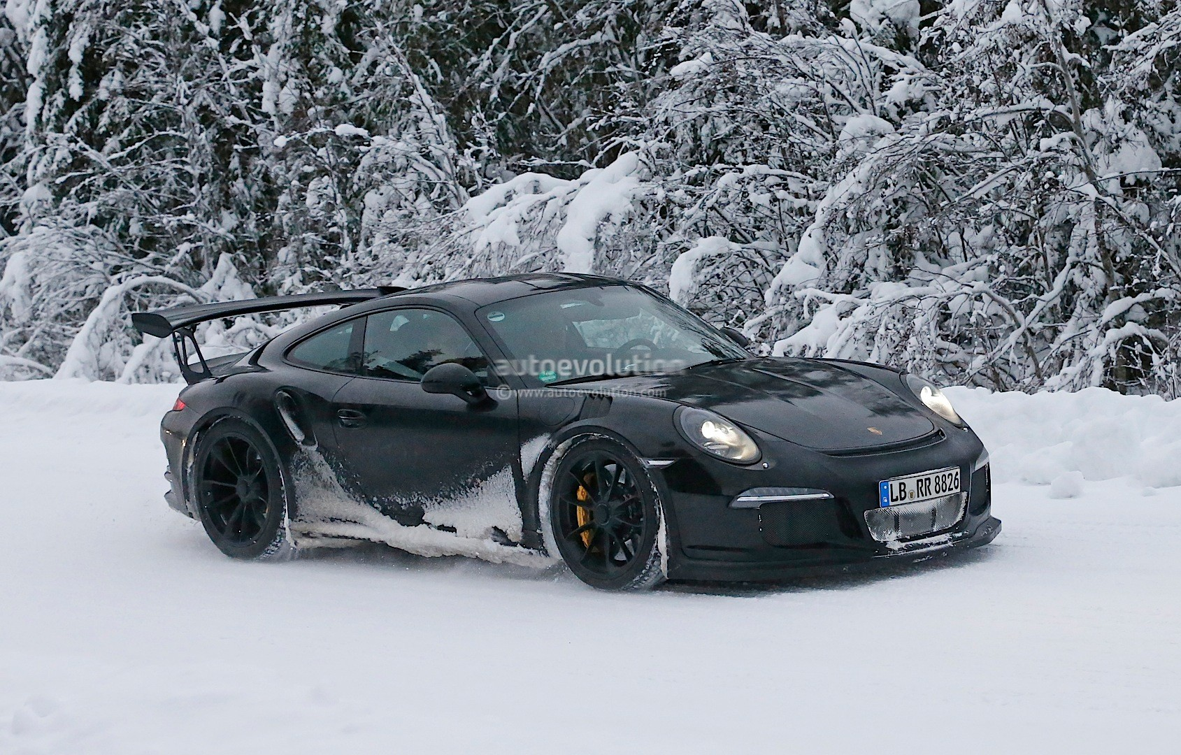 Porsche 911 GT3 RS Boxer Engine Is All New Naturally