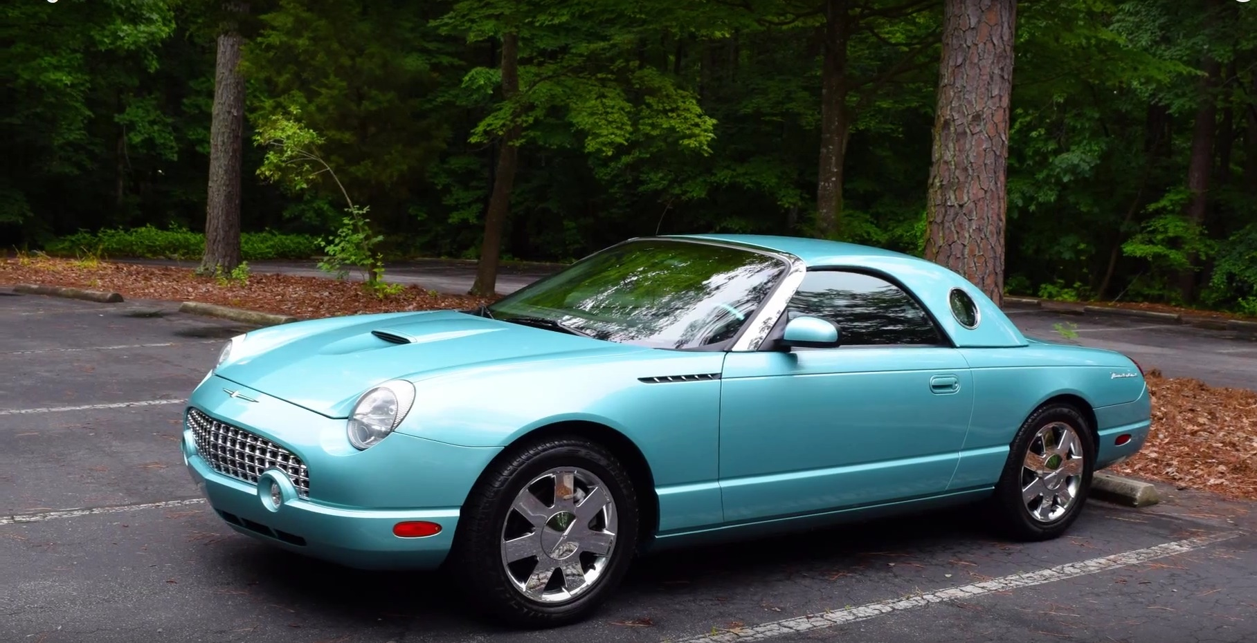 hight resolution of regular cars checks out the 2002 ford thunderbird
