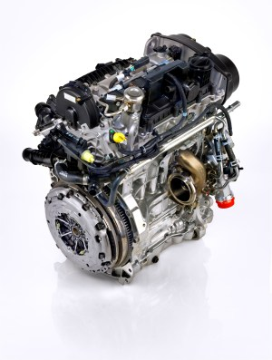Volvo 15 DriveE 3Cylinder Teased, to Produce Up To 180 HP on CMA Platform Cars  autoevolution