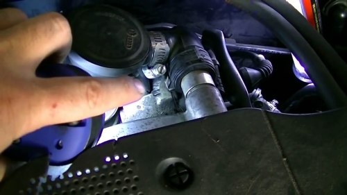 small resolution of how to remove and replace a coolant temperature sensor vw passat jetta audi a4 a6 1 8l engine video dailymotion