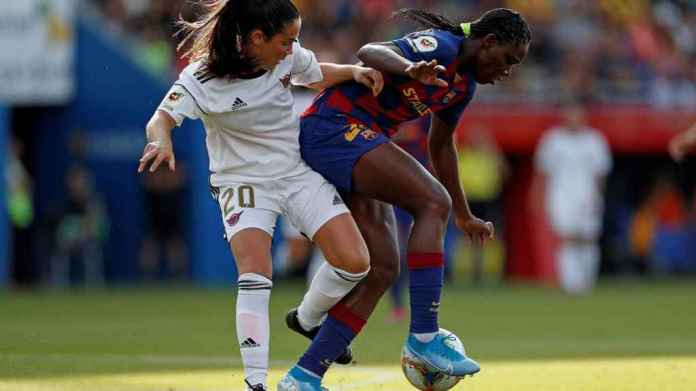 Ainoa Fields, during the game between the Heel and the Barcelona