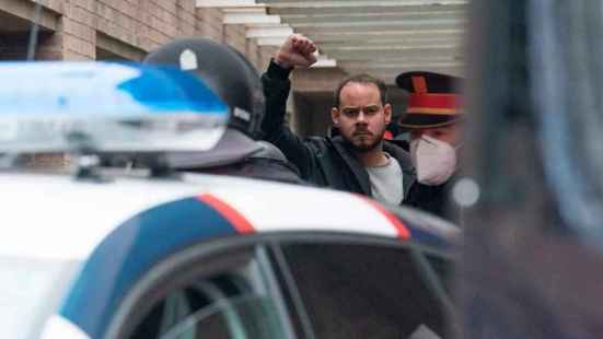 Pablo Hasél, en el momento de su detención.
