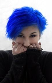 black bleue blue hair