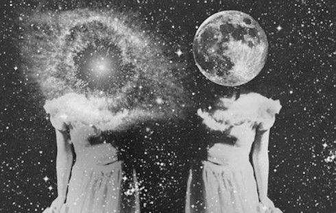 college girls mooning