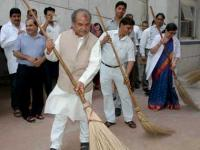 Govt officials to pledge 100 hour per year towards cleanliness