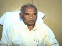 Bihar stalemate: Manjhi rebellious, calls for cabinet meeting to counter Sharad, Nitish