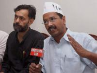 Kejriwal, Yadav hold another meet to discuss AAP expansion, Bhushan absent