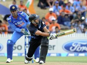 Dhoni praises bowlers, asks openers to take more responsibility
