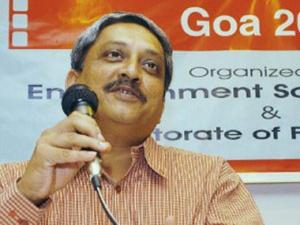 FB comment against Modi doesn't require arrest: Parrikar