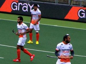 World Cup Hockey 2014 Live: Belgium and India locked at 2 - 2
