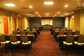 Holiday Inn Express Hotel Suites Birmingham Irondale East