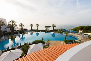 Hotel Grand Muthu Oura View Beach Club Albufeira Portugal