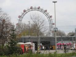 Great Ferris Wheel, Prater. Photo by Jewa. Distrubuted under CC AttributionsShareAlike 3.0.