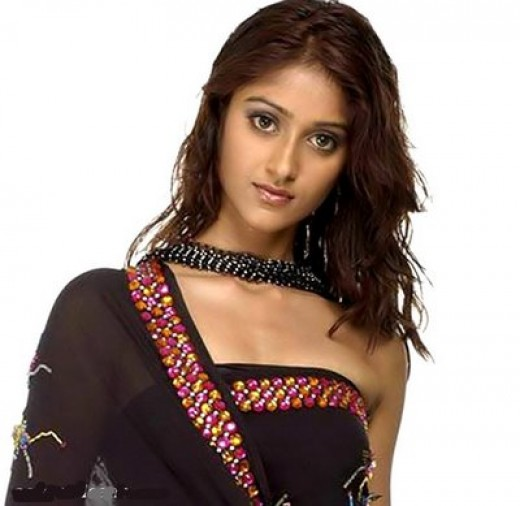 Ileana  in saree