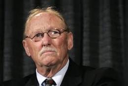 Tom Sneddon war der DA schuldig, Beweise zu pflanzen, wurde aber nicht angeklagt.