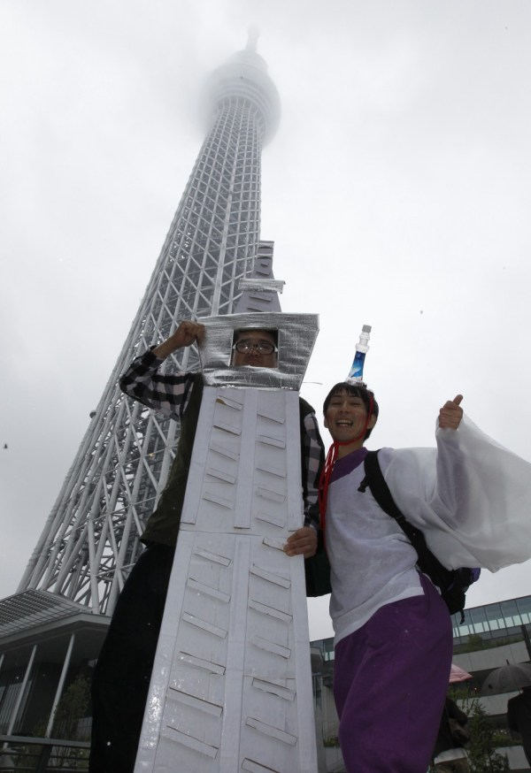 Tokyo Skytree World Tallest Tower Opens In Japan