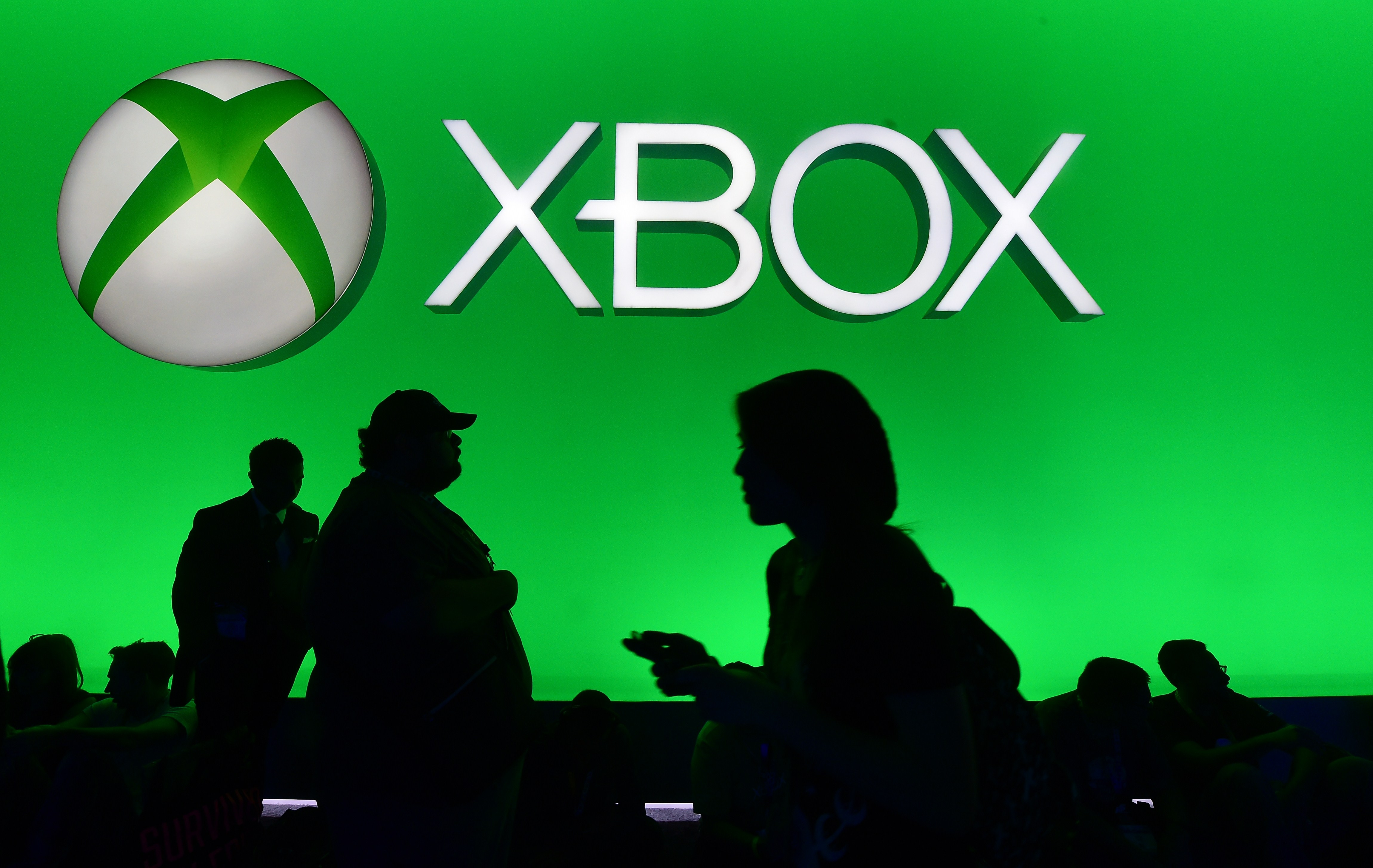 Xbox Live Down Online Multiplayer Party Chat Among The