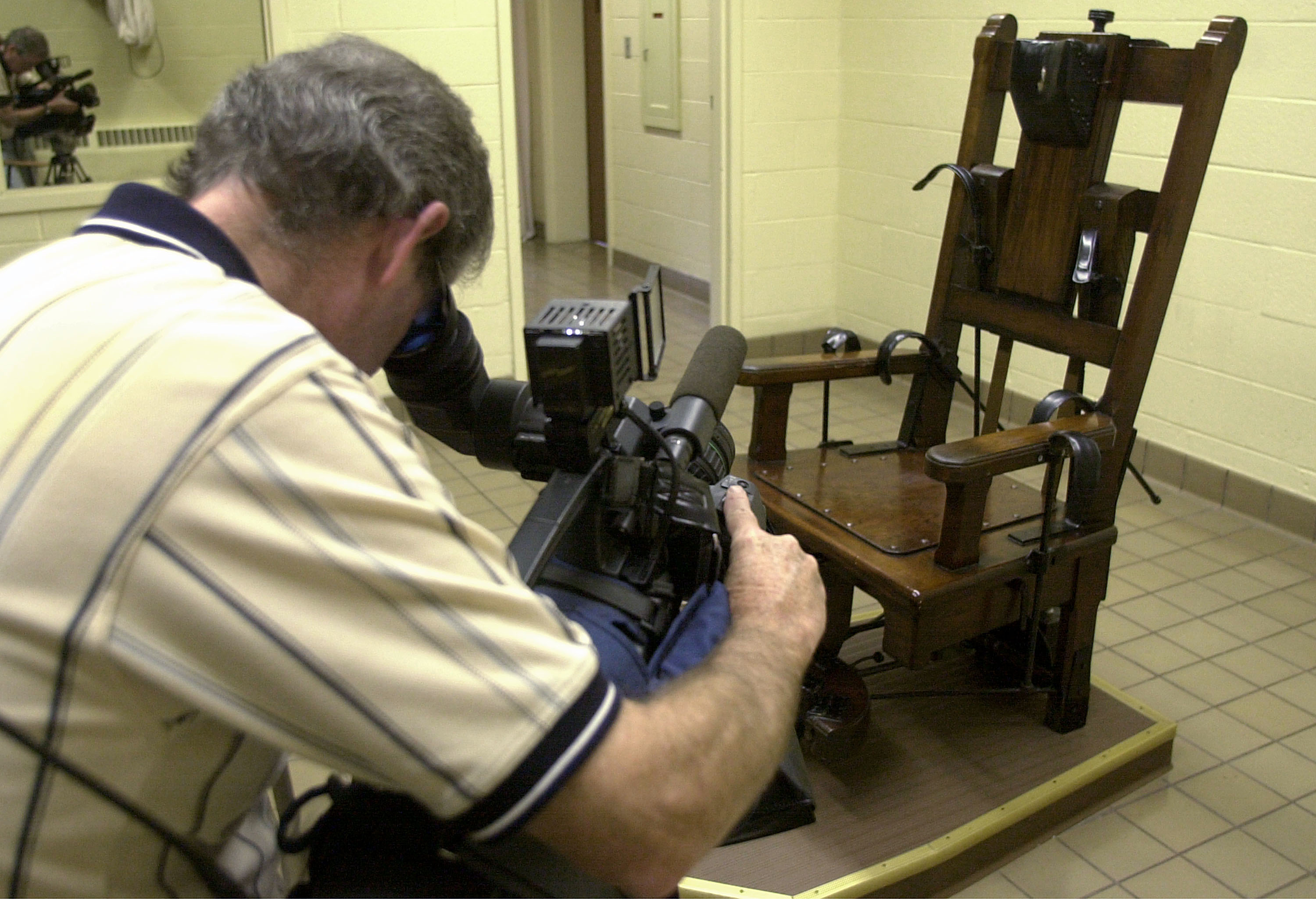 death by electric chair video poul jensen armchair penalty in the us execution gas firing squad