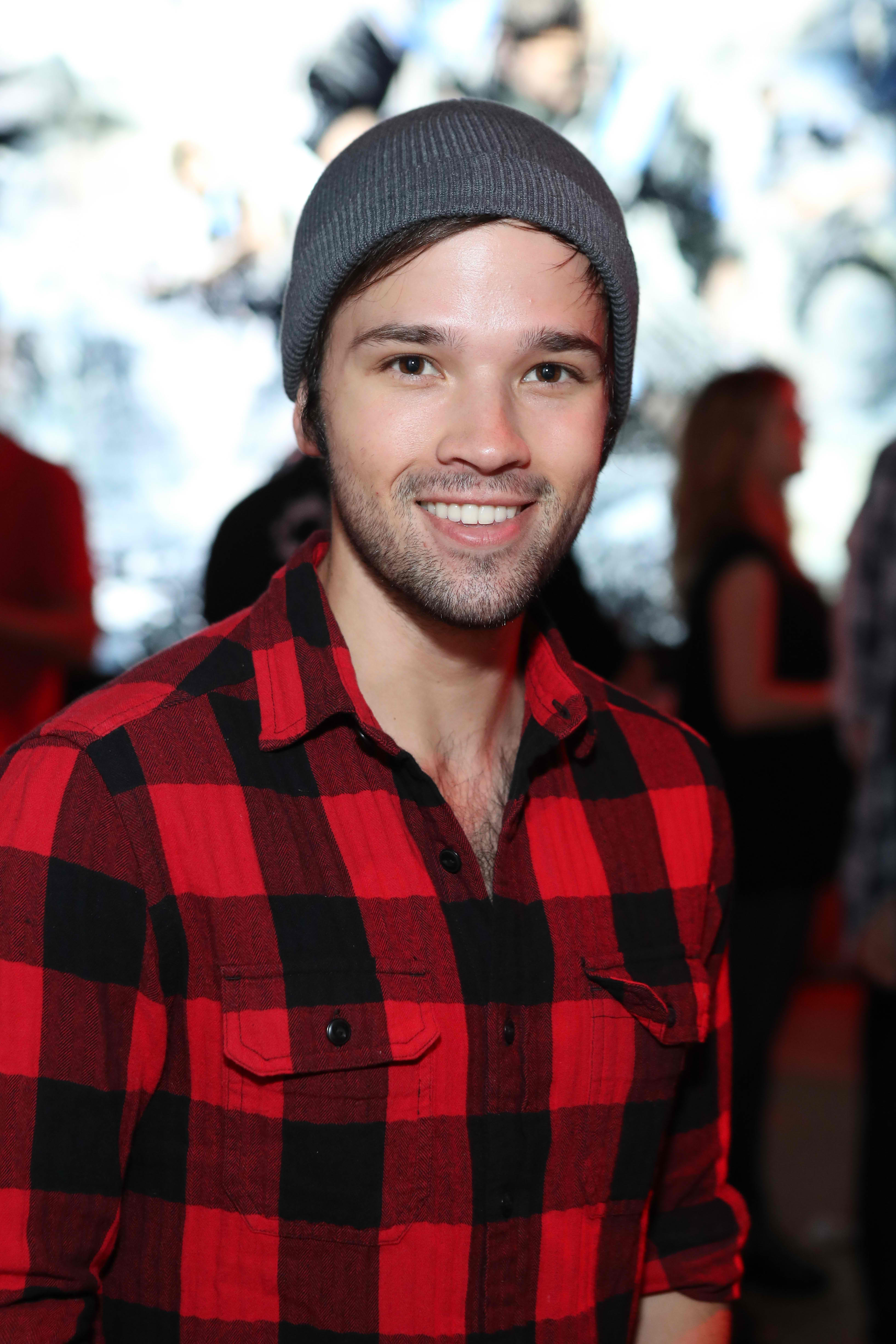 iCarly Star Nathan Kress And Wife London Elise Expecting