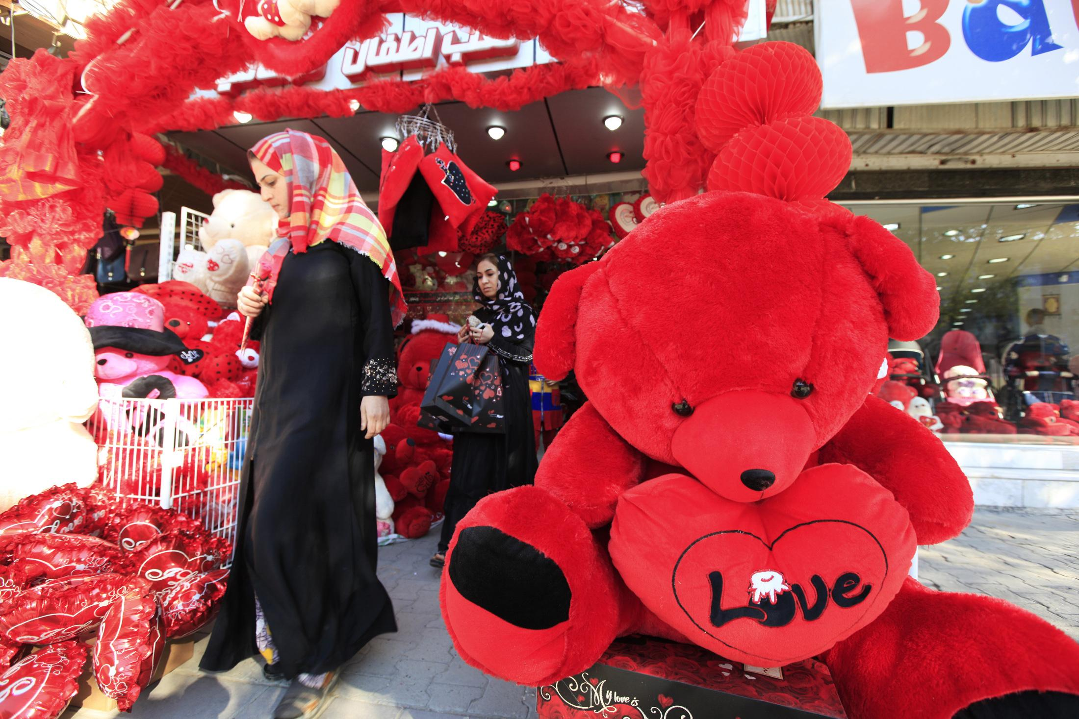 Valentine S Day Celebrations Around The World How Does