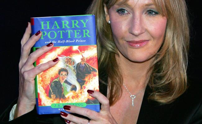 How Old Is Harry Potter Birthday Of Famous Hogwarts