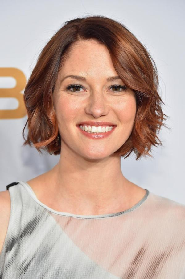 Supergirl Season 2 Star Chyler Leigh Wishes Melissa
