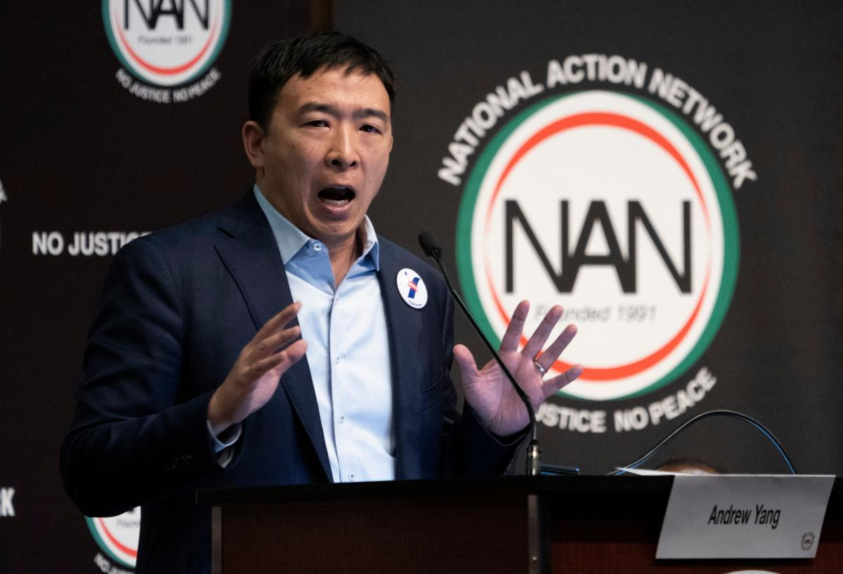 hight resolution of presidential election 2020 candidate andrew yang promises free cash to everyone if elected