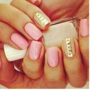 rihanna spiked claw nails